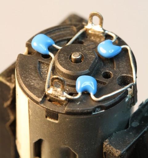 motor_capacitors.jpg